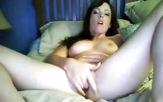 Watch my brunette gf with a big ass fucking herself with a dildo