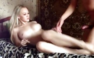 Gorgeous russian babe making homemade porn